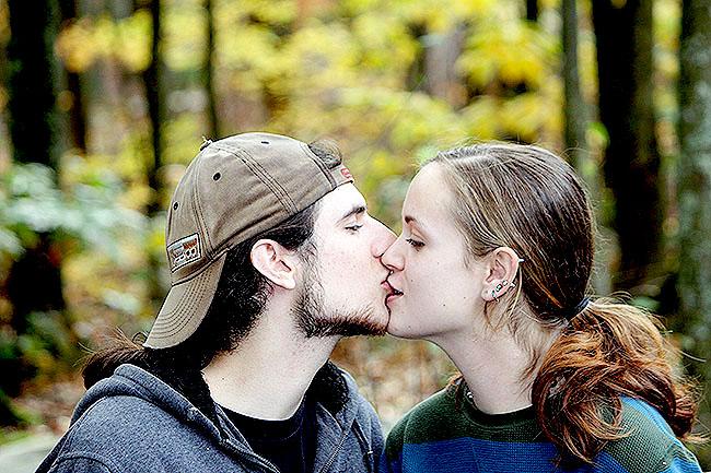 hôn quanh miệng