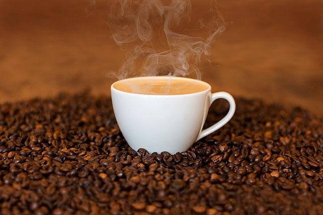 Cà phê tốt cho sự phát triển của cậu nhỏ.