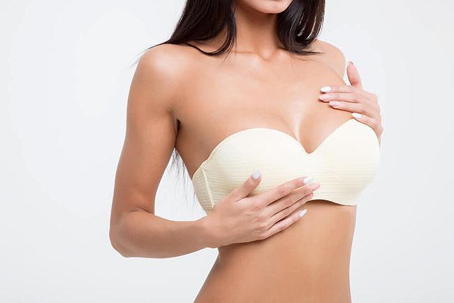 Sử dụng kem nở ngực.
