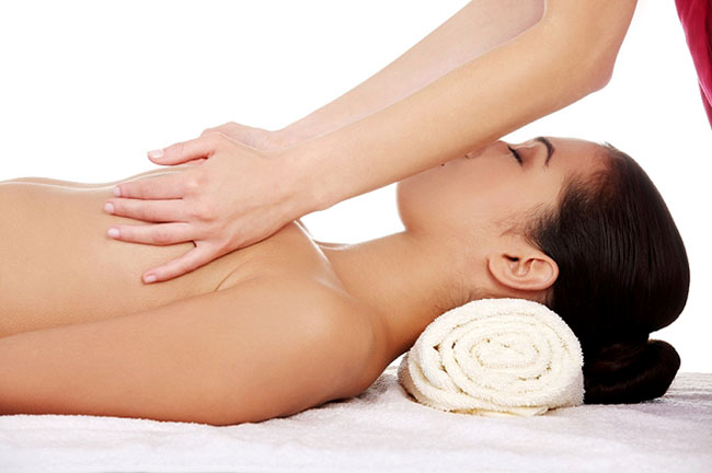 Massage ngực