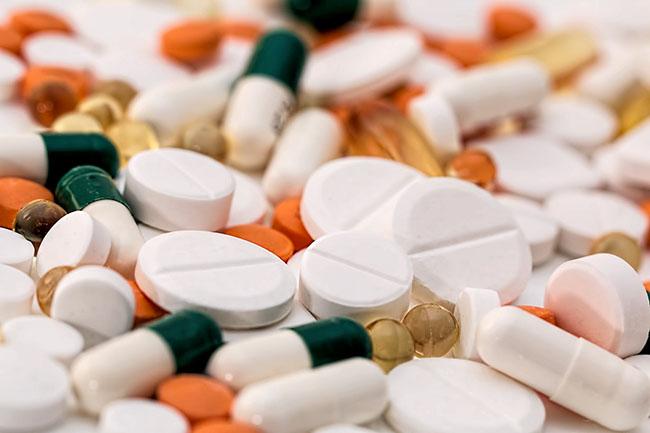 Sử dụng thuốc để có được bộ ngực lớn hơn