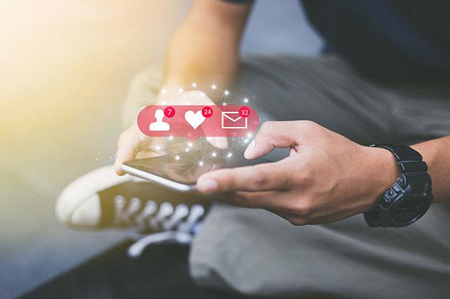 Sử dụng nhắn tin để tạo sự tương tác