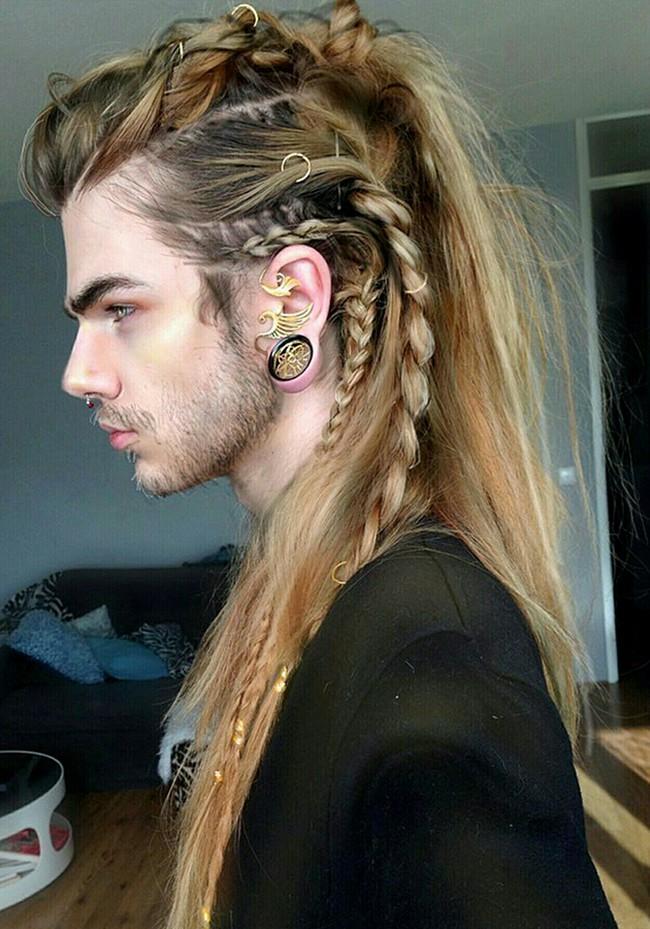 Tóc dài thắt bím