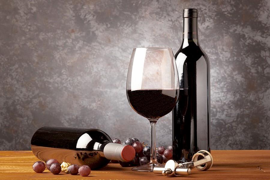 Rượu có làm bạn tốt hơn trên giường không?