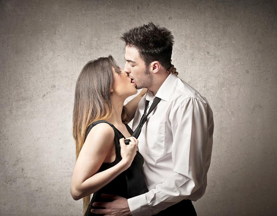 Thủ dâm giúp phối hợp quan hệ tình dục thêm thú vị