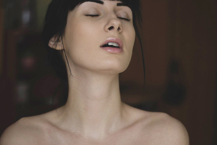 Hướng dẫn làm tình bằng miệng khiến nàng sướng thét 5