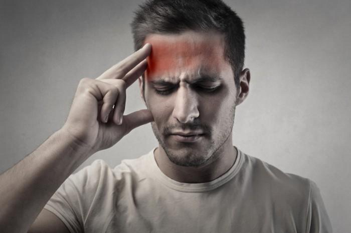 Bạn có thể bị đau đầu nhẹ, cảm giác giống như choáng sau khi dùng popper