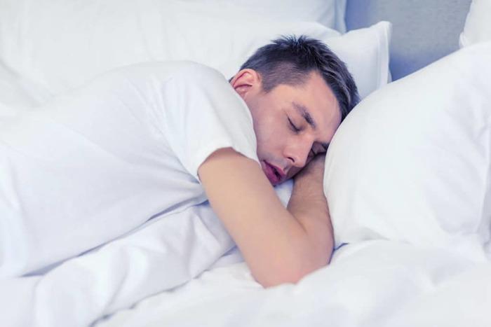 Tò mò về tình dục và cơ thể khiến bạn dễ rơi vào giấc mơ mộng tinh