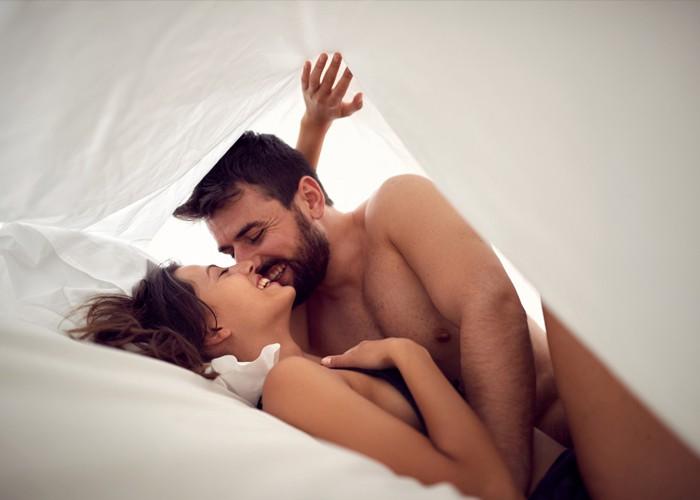 Có nên sử dụng thuốc bôi kéo dài thời gian quan hệ không?